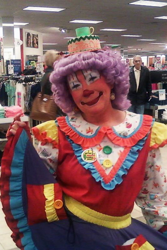 clowns and characters miss teacup the clown